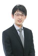東京大学教養学部卒業 義肢装具士(国家資格) 弥生会計インストラクター資格